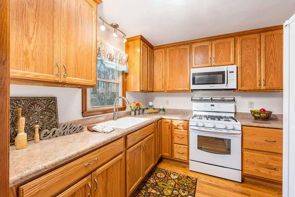 whippoorwill apartment kitchen (2)