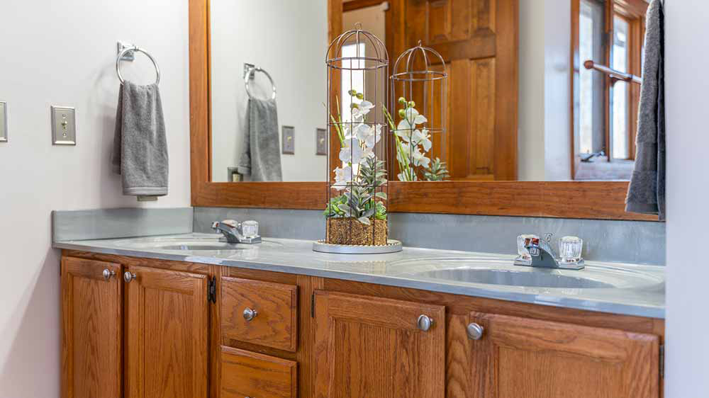 whippoorwill master bath double sinks
