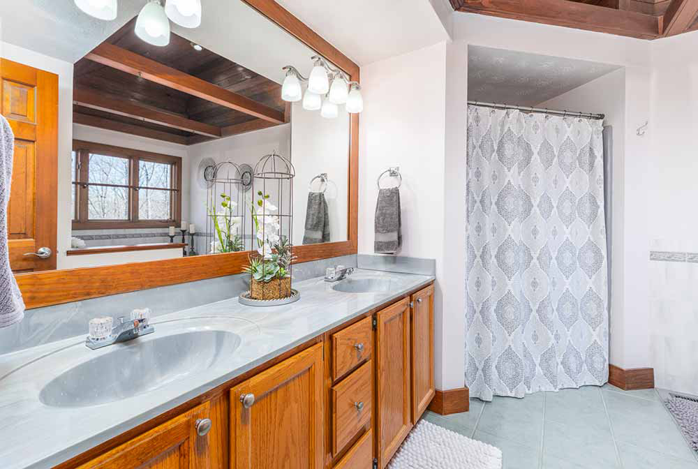 whippoorwill master bath sinks and shower