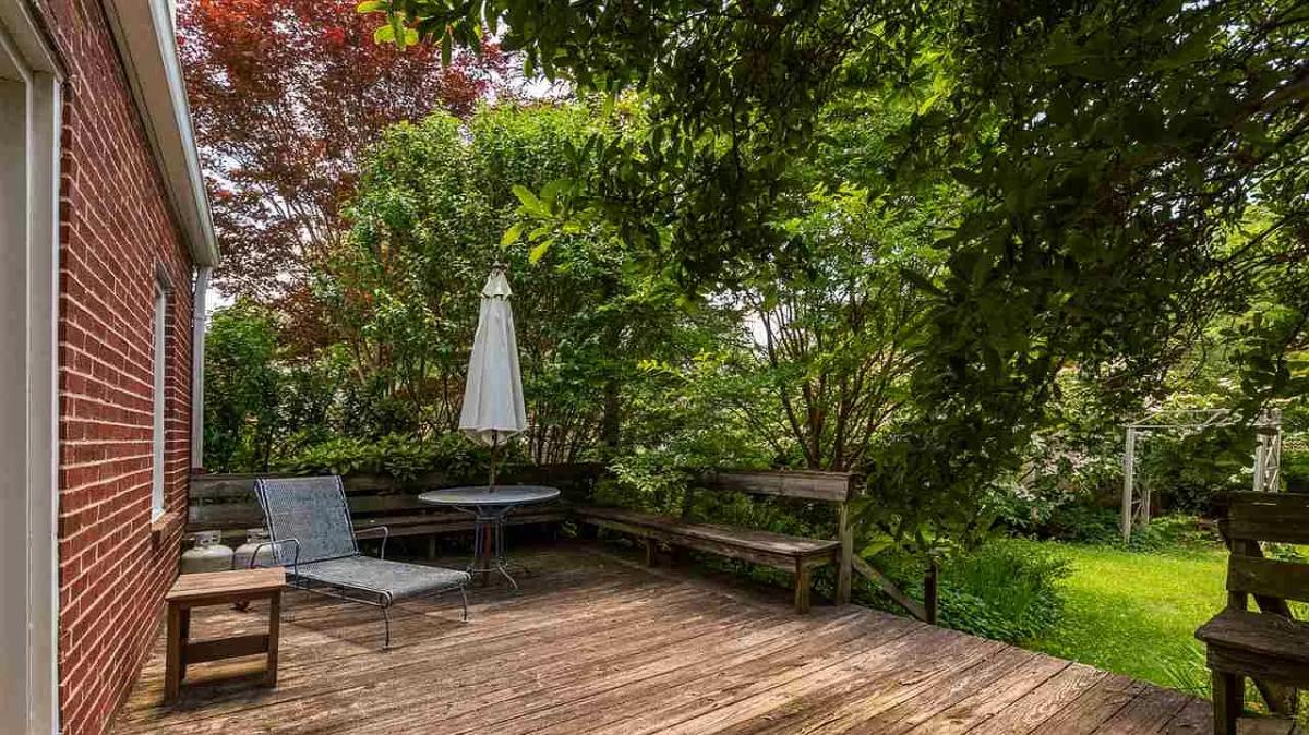 secret garden on ridgeway backyard deck