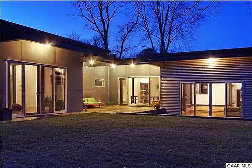 cotw modern coolness backyard at night
