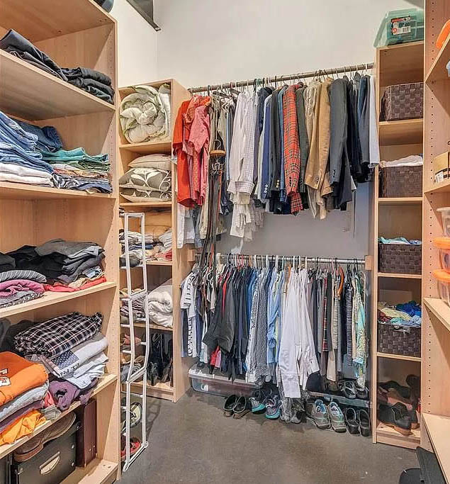 cotw modern coolness huge walk-in closet