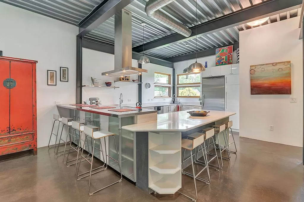cotw modern coolness open kitchen with 2 breakfast bars
