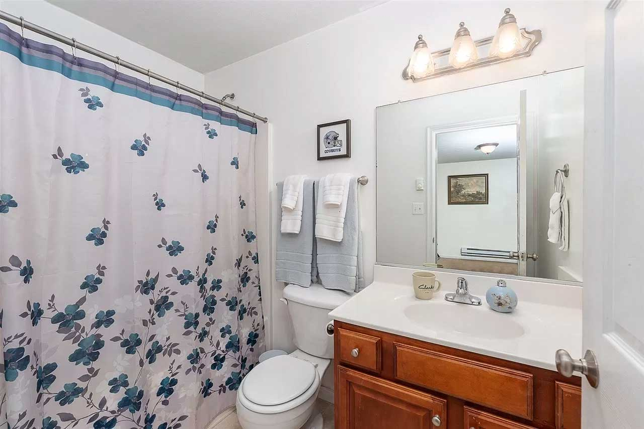 gorgeous in greenspring ritchie blvd full bath