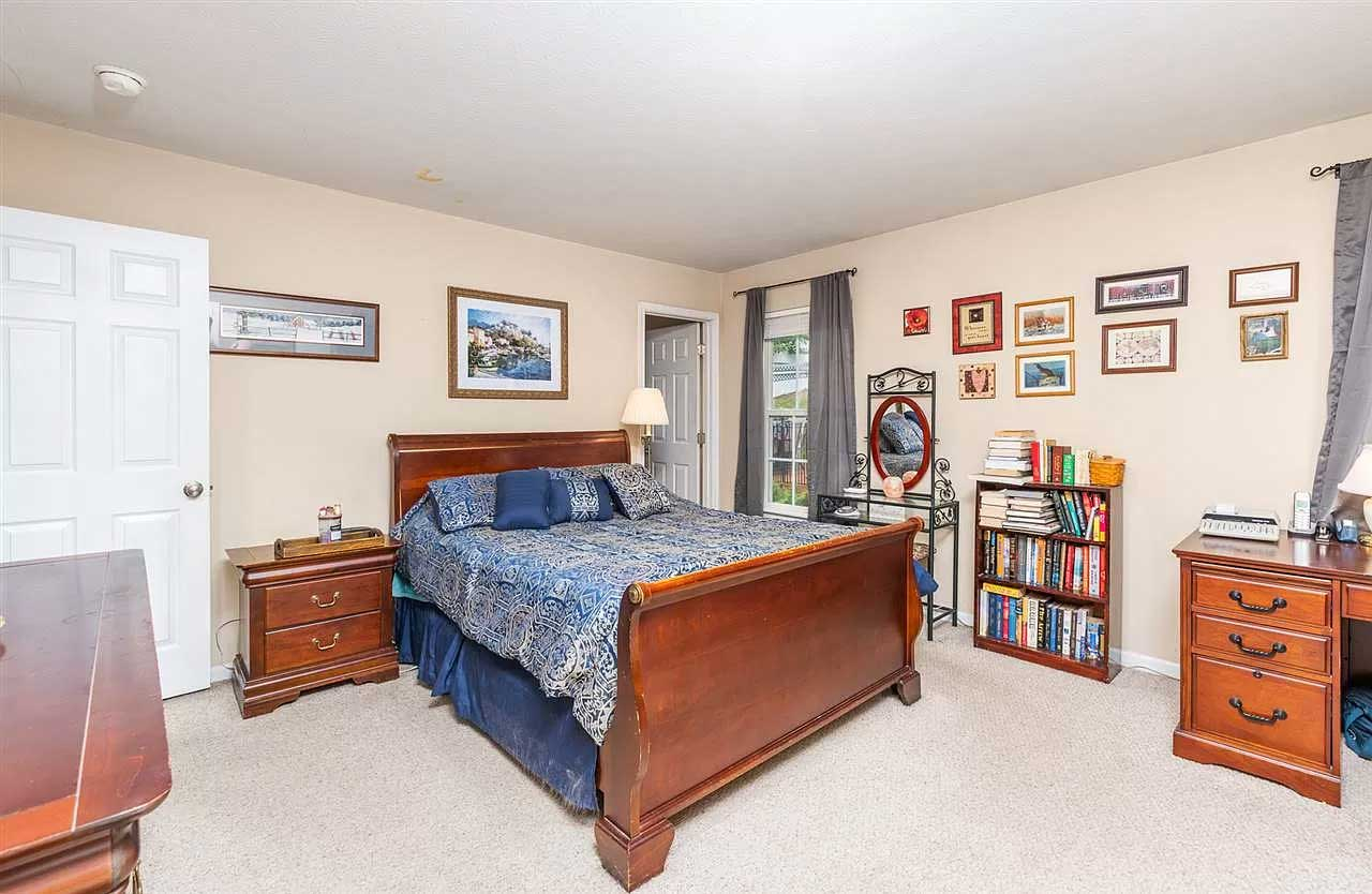 gorgeous in greenspring ritchie blvd master bedroom