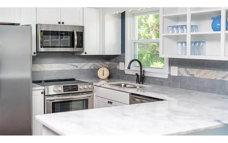 luxury in lyndhurst kitchen with granite counters