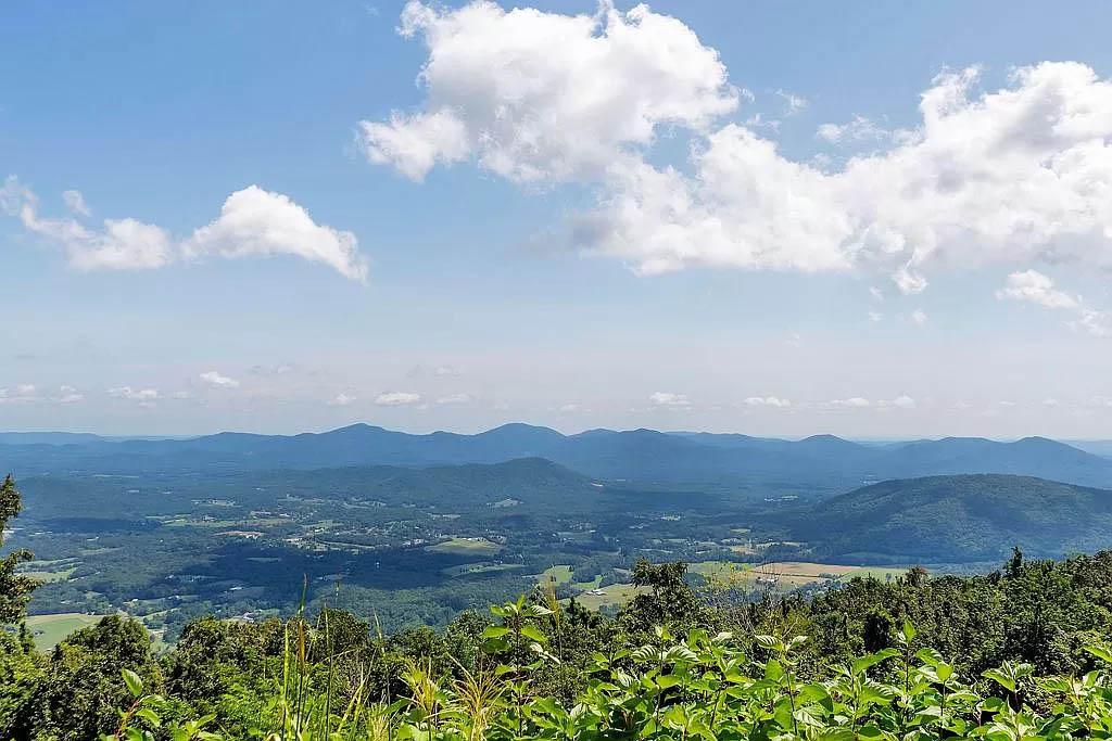 cotw mountain mama mia daytime mountain view from deck
