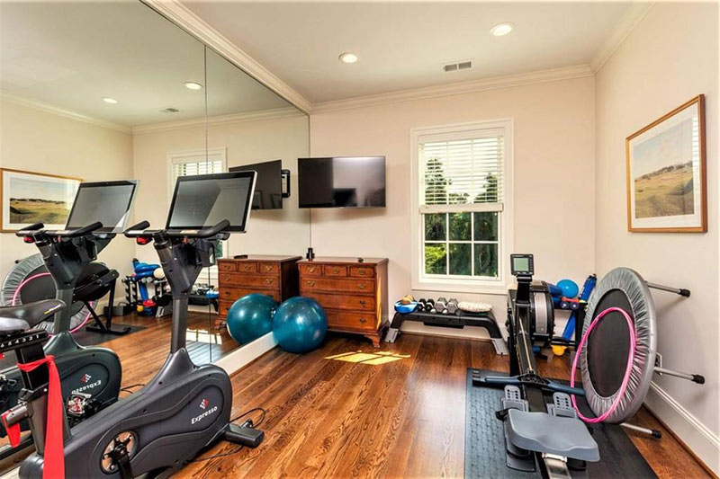 cotw top of the world exercise room with mirrored wall