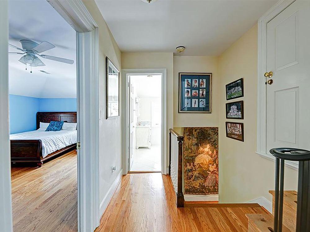 upstairs hallway off bedroom and bathroom