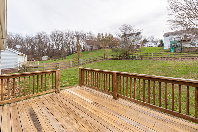 rear deck looking towards the steps